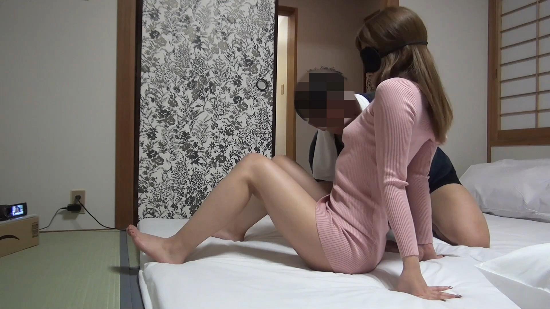 【個撮・素人】秋田美人ママの孕ませる為の寝取られセックス!衝撃の秘密の過去が…《特典映像付き》